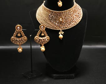 Indian Bridal Jewelry Set - Indian Semi Bridal Jewelry - Kundan Jewelry - Bollywood Jewelry - Sangeet Jewelry - Indian Engagement Jewelry -