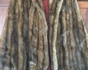 Women's Fur Cape Vest Shawl Beautiful 1940's Fur Designer