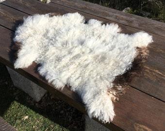 Big genuine Sheepskin Rug from Bosnia / 54