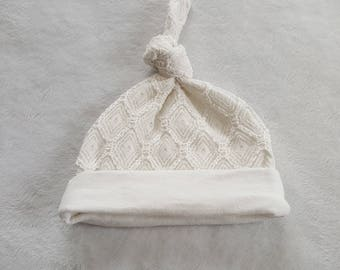 Baby knot hat/baby girl Lace hat/cotton baby hat/ beanie hat/ white baby hat/ 0-3month baby hat/ baby girl hat/ Take home hat/0-3month hat
