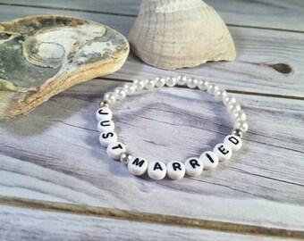 JUST MARRIED Bracelet - Wedding Bracelet - Beaded Bride Bracelet - Gift For Her - Bracelet For Bride - Bridal Bracelet - Bride Bracelet