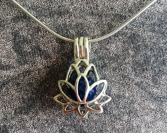Lotus Necklace, Aromatherapy Necklace, Essential Oil Diffuser Necklace, Diffuser Necklace, Lotus Flower, Lava Stone Diffuser Necklace, Gift
