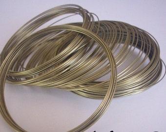Bracelet in - memory wire - 0.6 ROUNDS 10 mm bronze metal