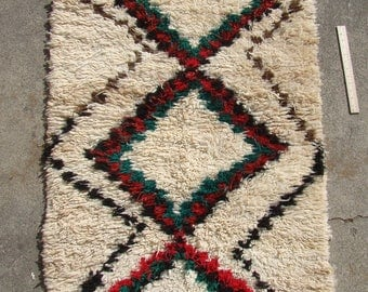 Vintage Moroccan Rug 3 by 5 feet