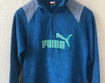 Clearance.!!!90s Vintage Puma- ladies/woman sweater/pullover/sweatshirt-embroidered spell out big logo