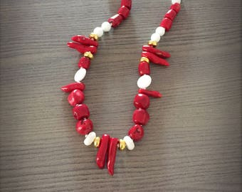 Necklace with white agate stones coral bamboo stones red coral and white coral