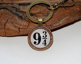 Harry Potter pendant, Harry Potter necklake, Harry Potter keychain, Platform 9/34 pendant, Platform 9/34 keychain necklake, Hogwarts Express