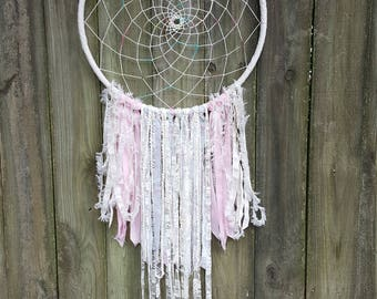 Boho Baby Shower Gift - Baby Girl Nursery Decor - Pastel Paisley Nursery Wall Hanging - Shabby Chic Nursery Décor - Free Shipping