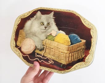 Vintage A W Allen Cat Biscuit Tin - kitchenalia - 1960s Australia - crazy cat lady white mischief - lolly confectionery wool knitting #0286