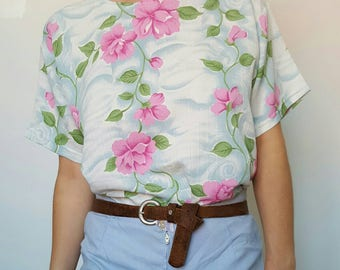 T-shirt / vintage / flowers / blue / pink