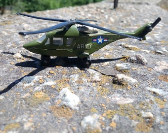 matchbox helicopter Made in England Toy Collectible 1976 army