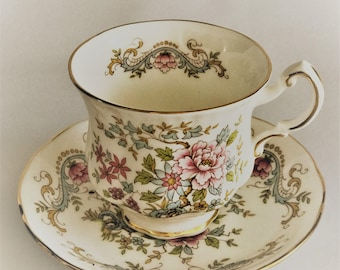 Royal Standard Cup and saucer-fine china bone porcelain-manufactured in England
