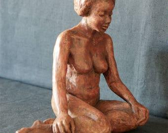 Sculpture woman terracotta patina - brown color
