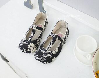 343 Sabrina Women's T Strap Shoes