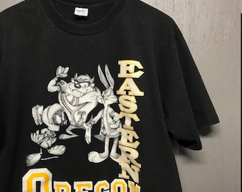 XL vintage 90s 1993 Eastern Oregon Mountaineers looney tunes t shirt