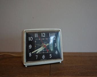 Vintage General Electric Alarm Clock