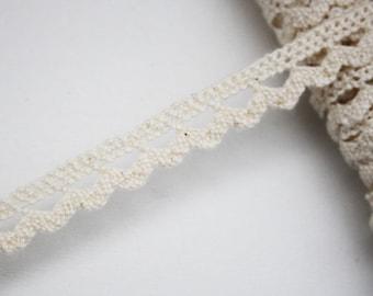 Clear 11 mm beige lace trim, bobbin lace, 1 meter Ribbon lace