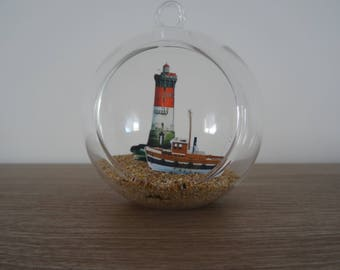 Suspension / glass ball decoration stone black boat with fisherman to hang or lay lighthouse