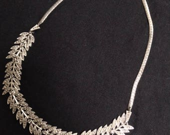 1940s sterling and marcasite leaf necklace - Excellent condition