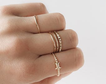 Knot ring, simple gold ring, gold ring, dainty ring, dainty gold ring, minimalist jewelry,  R006
