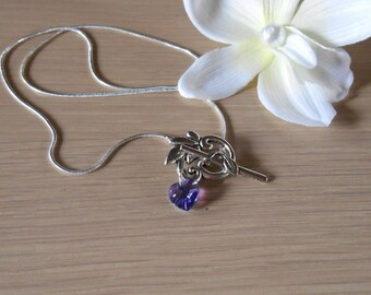 Silver leaf pattern and purple heart pendant necklace