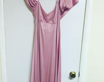 Pretty in pink 70's maxi dress