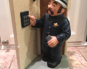 1995 Pinkerton Security Services Chalkware Statue Sculpture Figurine 25th Annual