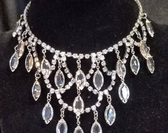 Sparkling Vintage Unmarked Clear Rhinestone Necklace