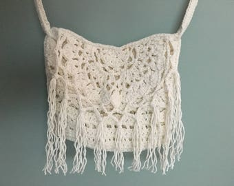 Crochet shoulder bag with tassels in Ibiza-style