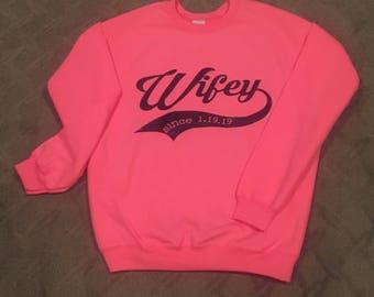 Custom Hubby/Wifey Matching Sweatshirts