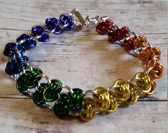 Rainbow double barrel chainmaille bracelet - gay pride