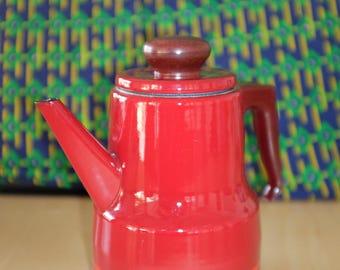 vintage 1970's kettle