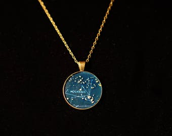 Aquarius Zodiac Pendant w 30inch chain