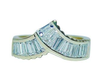 Vintage 1ct VS-H Baguette Diamond Ring 18K Gold Estate