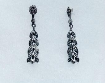 Vintage! Sterling silver marcastie dangling pierced earrings, hallmarked