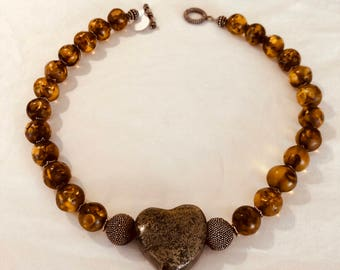 Amber Beads with Heart-shape Metal