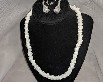 White shell necklace and earrings