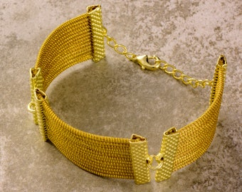 Imperial Golden Grass Necklace