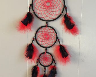 Red and black dream catcher