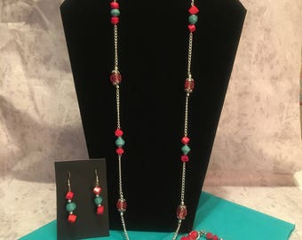 Red and Teal colored beaded necklace set.