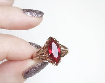 Red and Gold Ring, Ruby Red Faceted Glass Marquise Stone, 10k Rose Gold Filled Setting, Claw Prongs, Triangle Cutouts, Vintage Ring Size 10