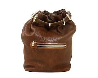 90s Brown Leather Convertible Backpack / Vintage Drawstring Bucket Bag Butter Soft Rucksack / Boho Rocker Grunge Hipster Large Purse