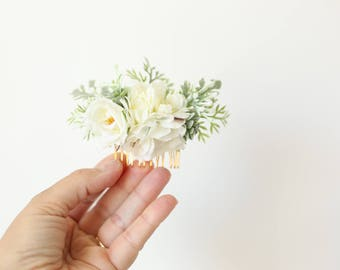 bridal flower comb, floral hair comb, bridal floral headpiece, wedding hair accessory, blush pink flower comb, blush bridal headpiece