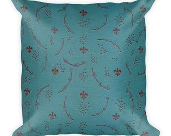 Pillow | Antique Inspired Fleur de Louis