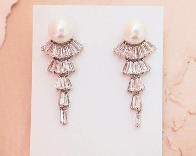 Old Hollywood Bridal Crystal Earrings