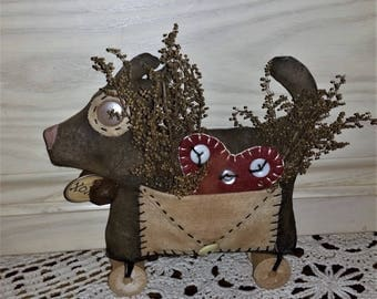 Primitive Valentine Heart Puppy