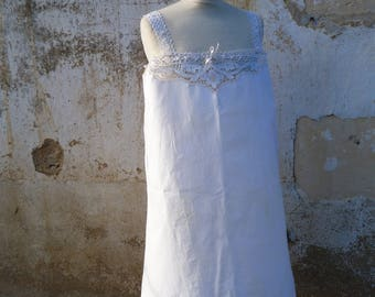Vintage Antique French 1900s Edwardian white cotton & handmade lace dress /underdress /nightgown size  M/L