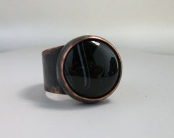 Dark antiqued copper ring with round black onyx agate cabochon Size 12 US - copper jewelry - black onyx agate ring- mens ring