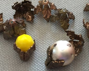 16 Vintage Brass Beadcaps Nice Patina & Flexible