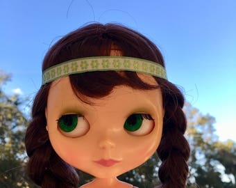 Groovy Vintage Floral Trim Blythe Doll Headband